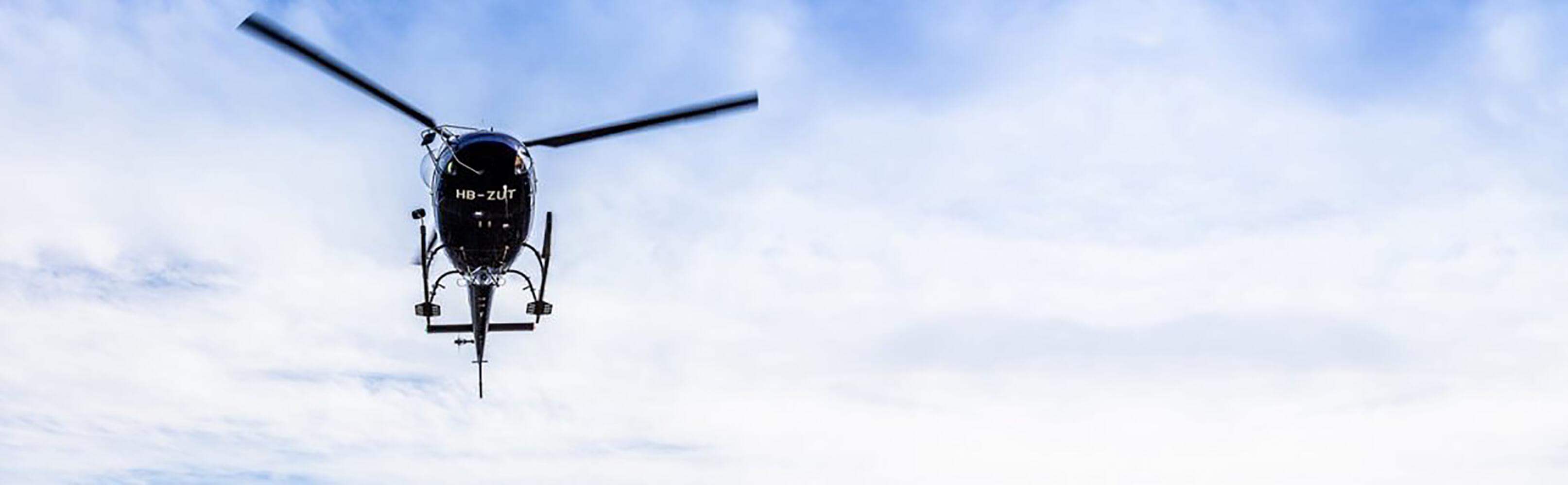 Rundflüge und Fallschirmspringen 1