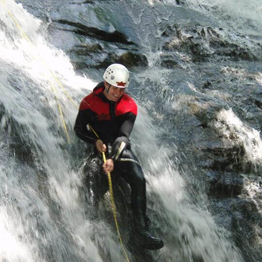 Vorschaubild zu Fischer Adventures - Canyoning- & Höhlentouren, Riverrafting
