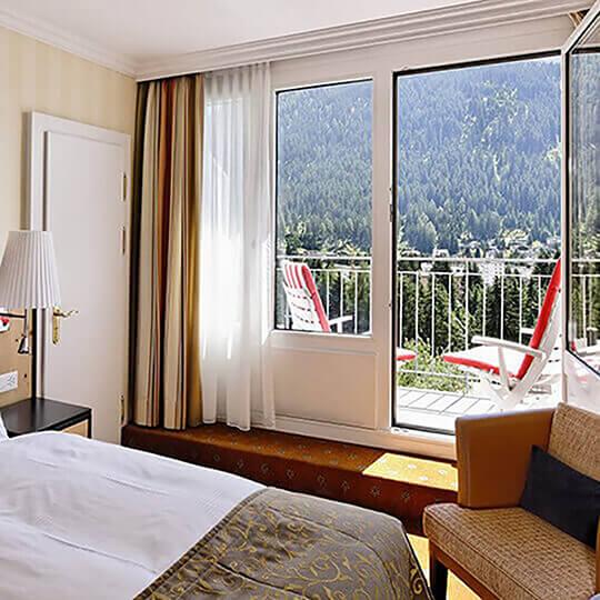 Vorschaubild zu Steigenberger Grandhotel Belvédère - Dem Himmel ganz nah