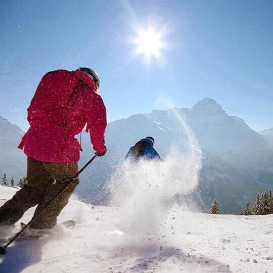 Vorschaubild zu Kleinwalsertal - GenussSkifahren und Winterromantik