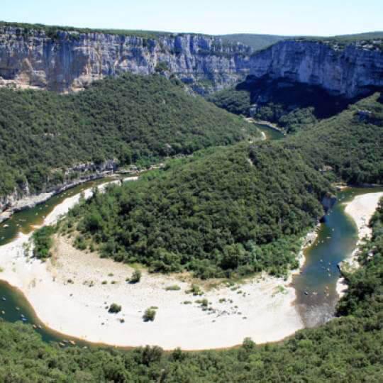 Radreisen durch die Ardèche-Schlucht 10