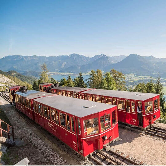 Vorschaubild zu Schafbergbahn – nostalgischer Gipfelstürmer