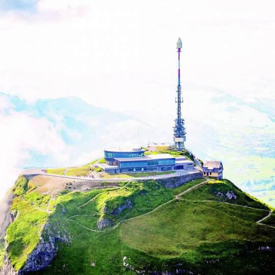 Hoher Kasten - Ostschweizer Aussichtsberg mitten in Europa 10