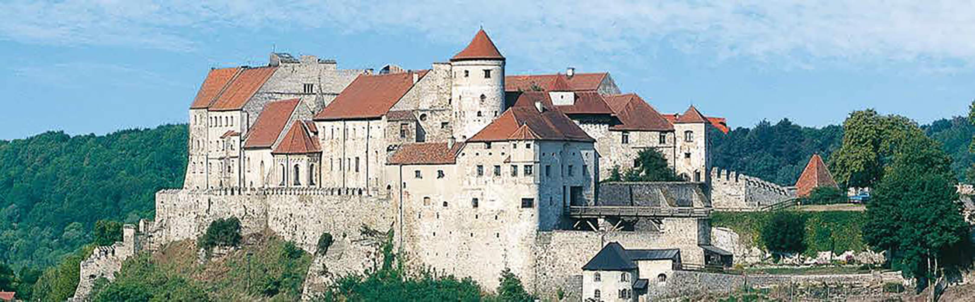 In Burghausen die längste Burganlage der Welt erkunden 1