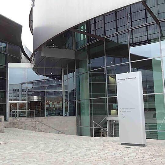 Vorschaubild zu Audi Forum mit dem Audi museum mobile in Ingolstadt