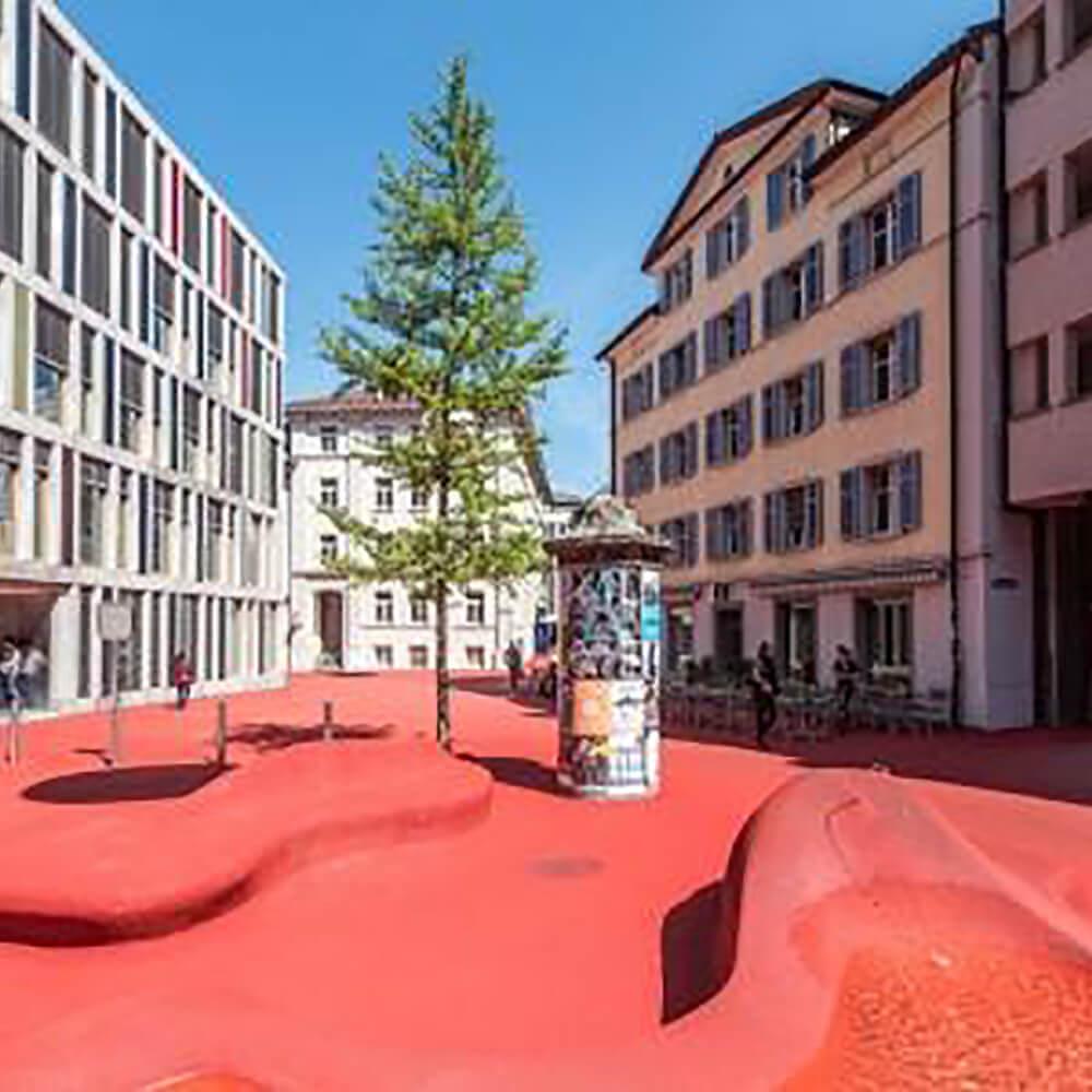 Roter Platz und Stadtlounge St. Gallen