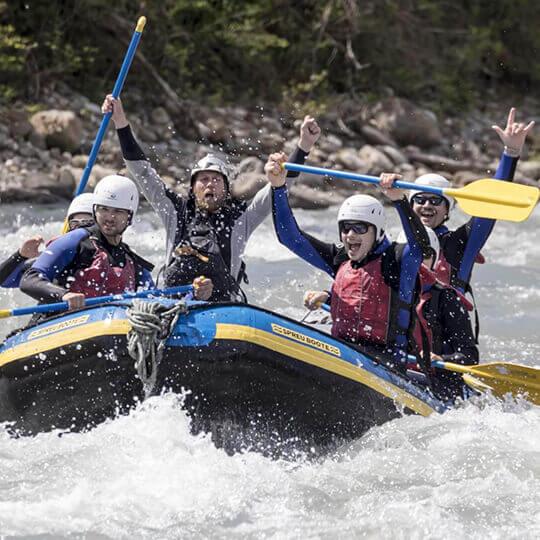 River Rafting auf dem Vorderrhein mit Swiss River Adventures
