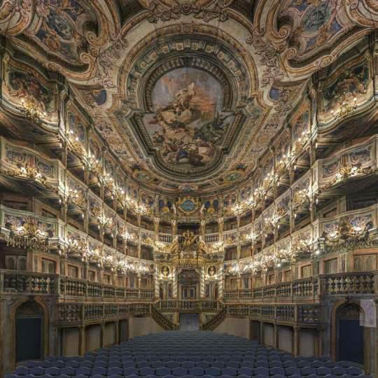 Das Festspielhaus in Bayreuth 10