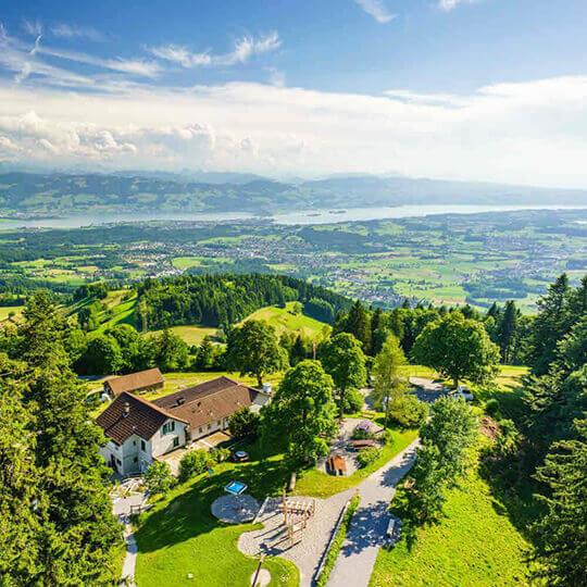 Vorschaubild zu Aussichtsplattform Bachtel – Gibswil/Wald