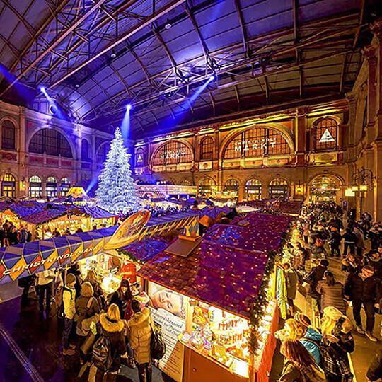 Vorschaubild zu Zürcher Christkindlimarkt im Hauptbahnhof