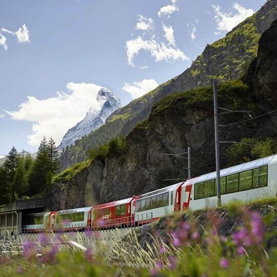 Glacier Express Zermatt - St. Moritz / Davos