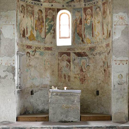 Vorschaubild zu Kirche St. Peter Mistail - Parc Ela Savognin