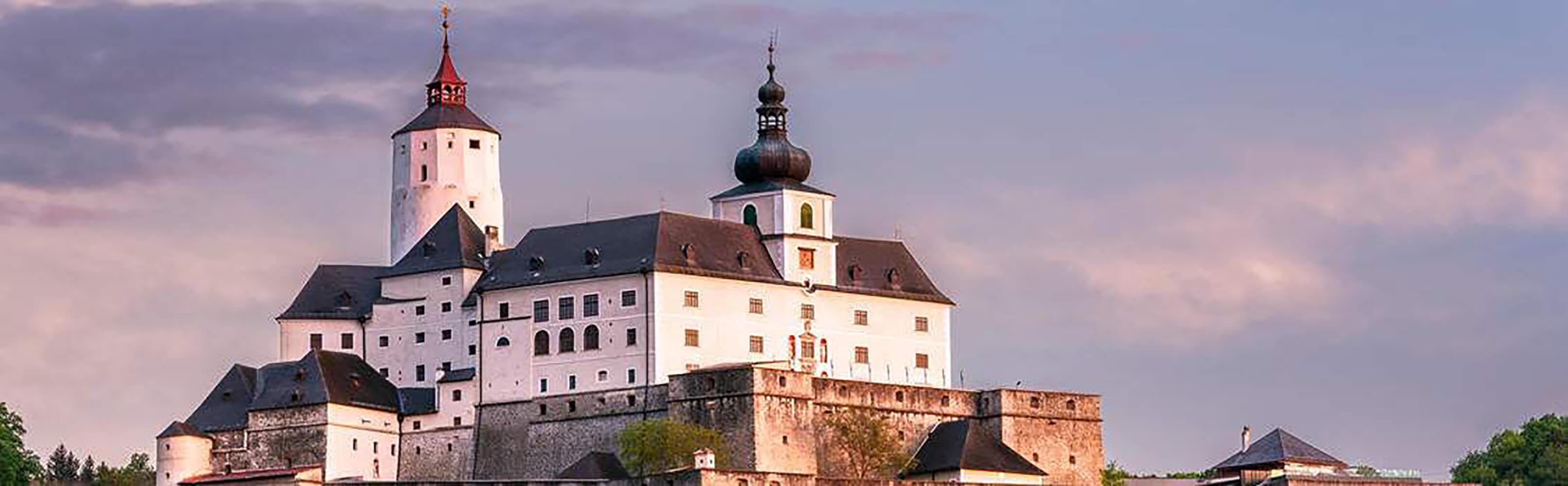 Burg Forchtenstein – Besuchermagnet im Burgenland 1