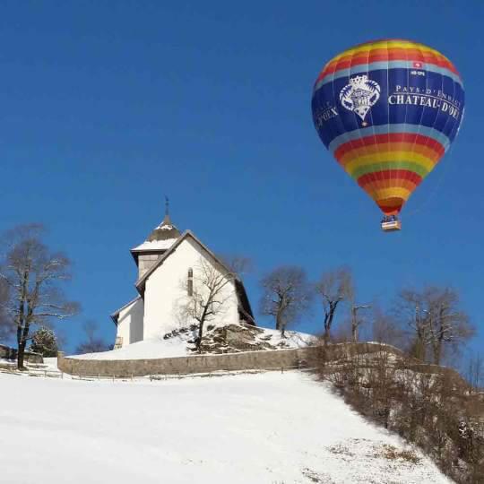 Château-d'Oex – Ballonfahrt über die Winterlandschaft 10