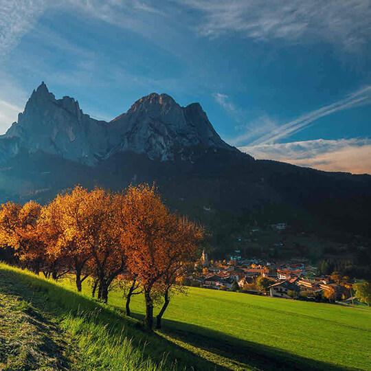 Vorschaubild zu Kastelruth Südtirol mit seinen Kastelruther Spatzen