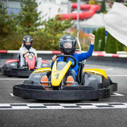 Swiss Holiday Park - Outdoor Kartbahn Morschach 10