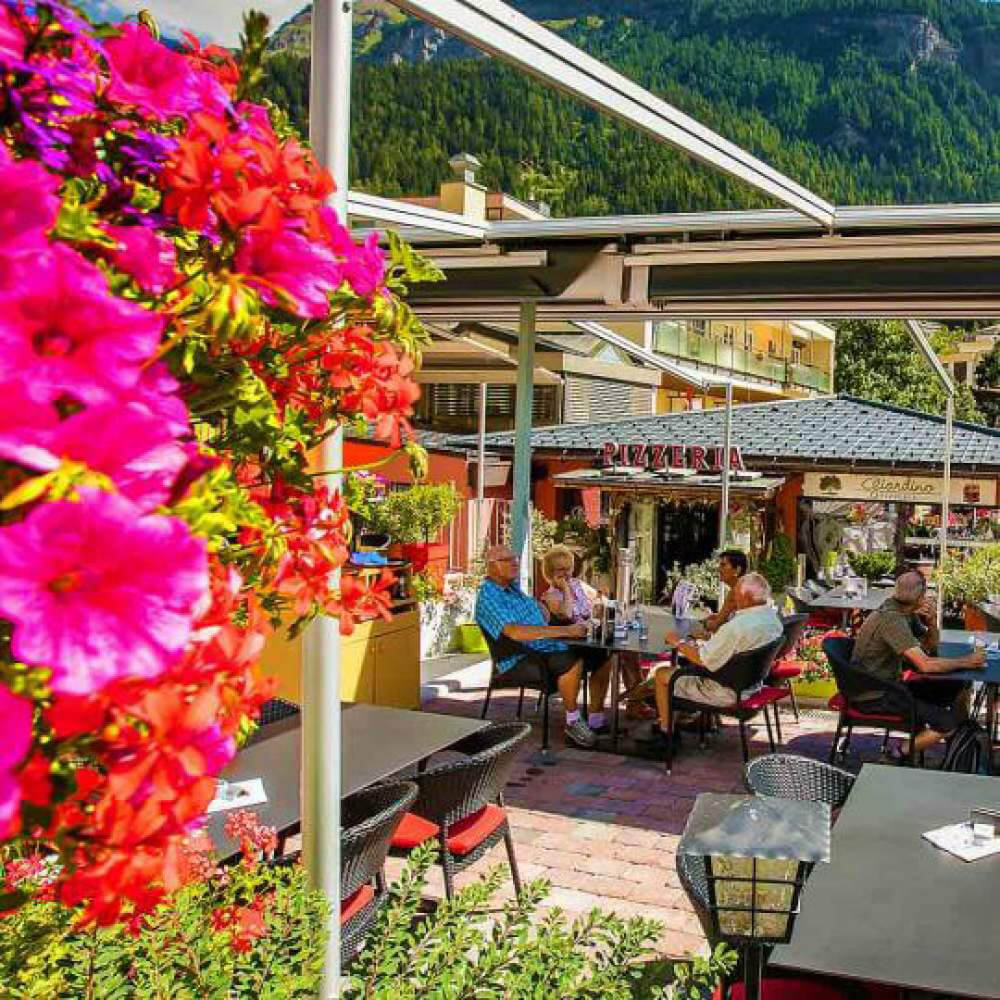Leukerbad - Family Destination & Pizzeria Giardino