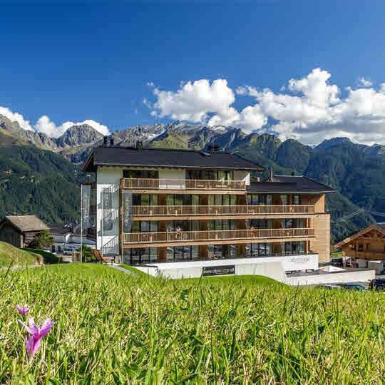 Lifestyle mit Tiroler Charme erleben in Fiss! 10