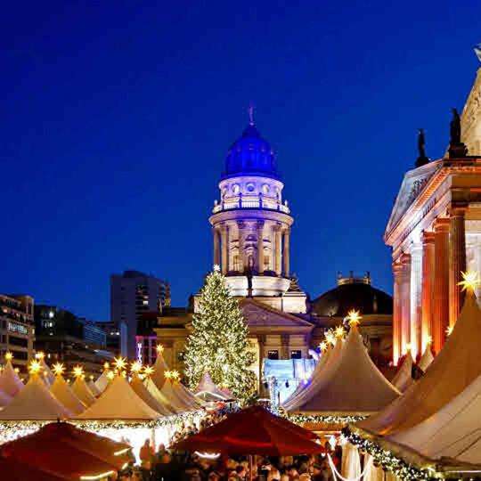 Vorschaubild zu Weihnachtsmarkt am Gendarmenmarkt Berlin