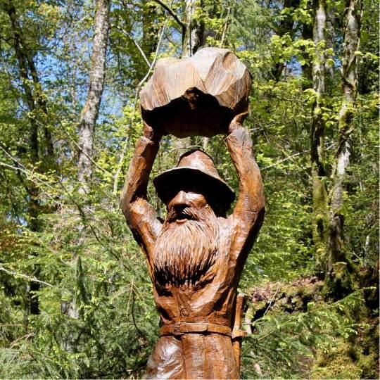 Vorschaubild zu Erlebnisparcours Chärwaldräuber im Kernwald