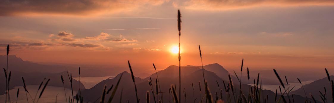 Malerische Sonnenuntergangsfahrten am Fronalpstock