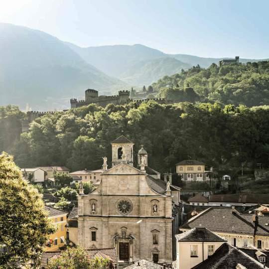 Vorschaubild zu Stadt Bellinzona mit seinen Burgen