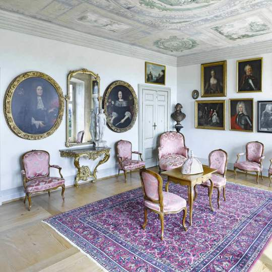 Schloss Waldegg, Feldbrunnen-St. Niklaus 10