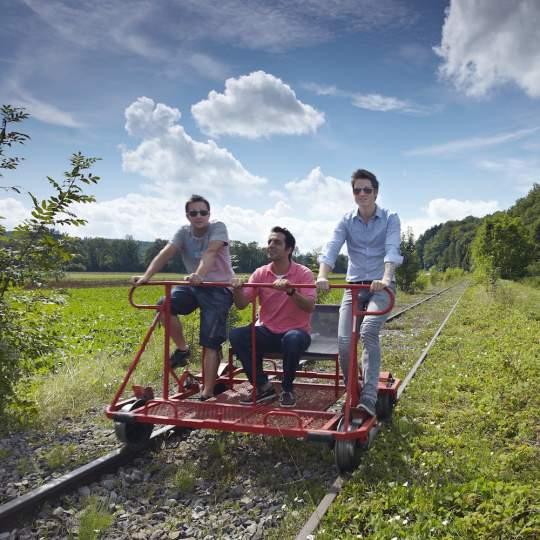 Vorschaubild zu Schienenvelo fahren – das Erlebnis im Sensetal!