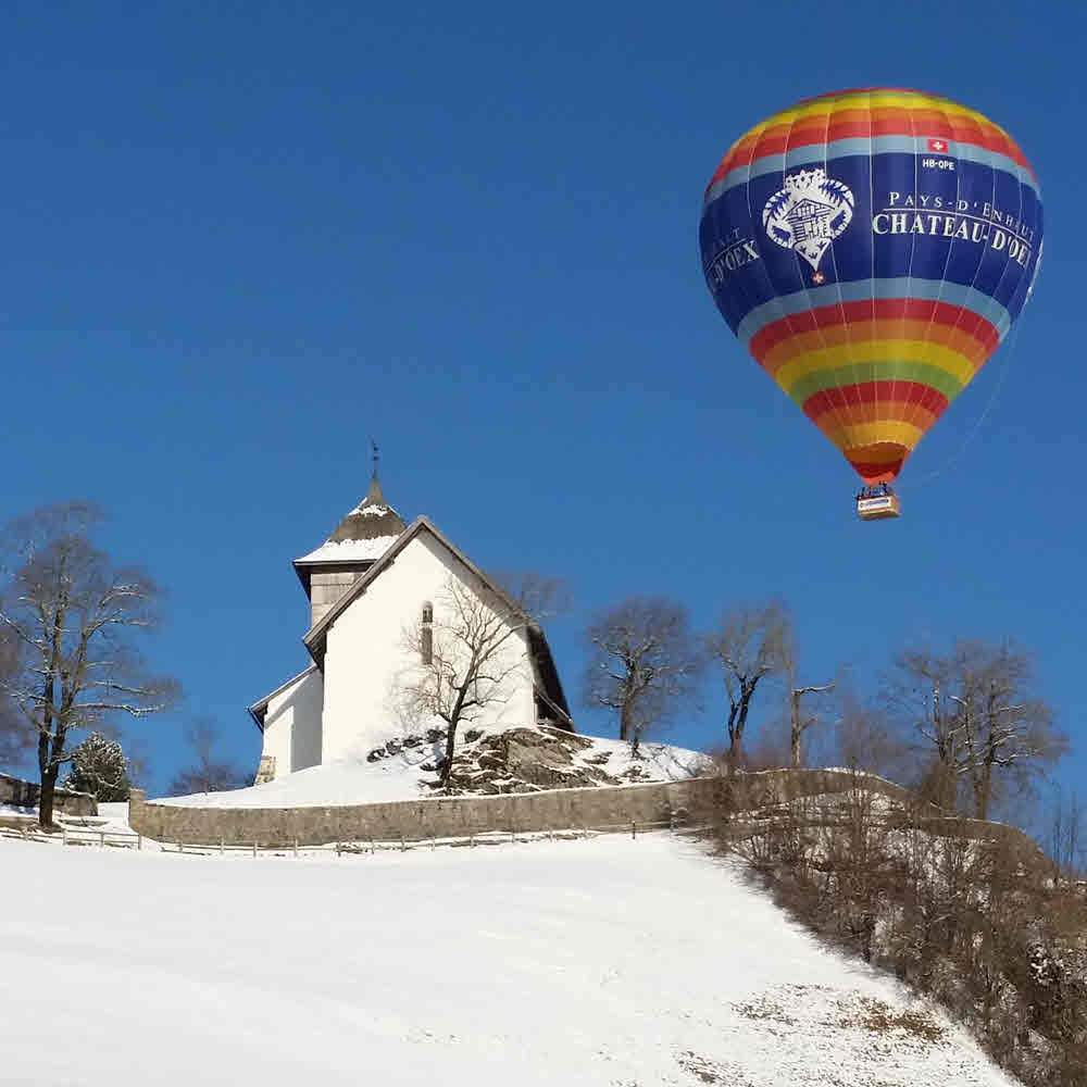 Château-d'Oex – Ballonfahrt über die Winterlandschaft