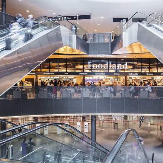 Vorschaubild zu Airport Shopping am Flughafen Zürich