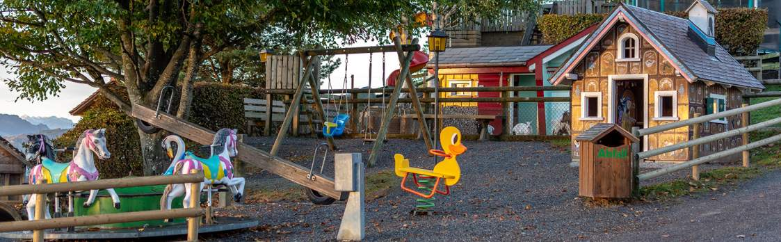 Erlebnis Waldegg mit Spielplatz 1