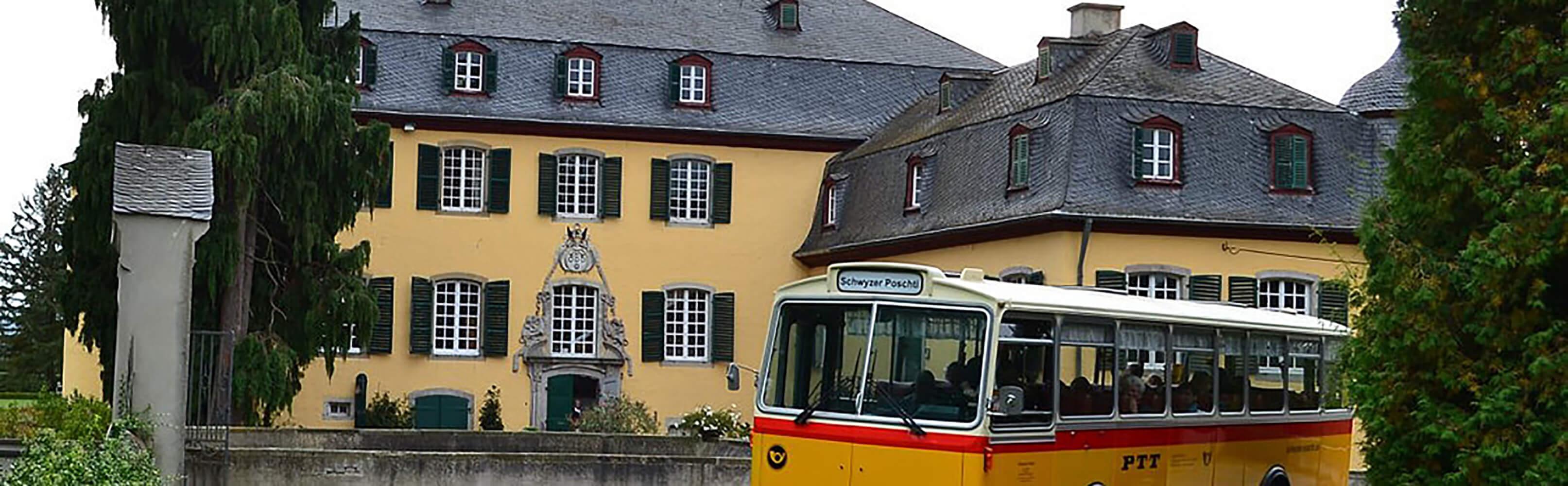 Schwyzer Poschti - Oldtimer-Busfahrten im Rheinland 1