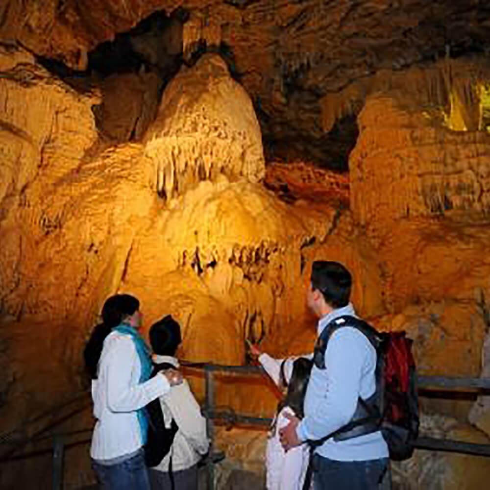 Die Grotten von Vallorbe und