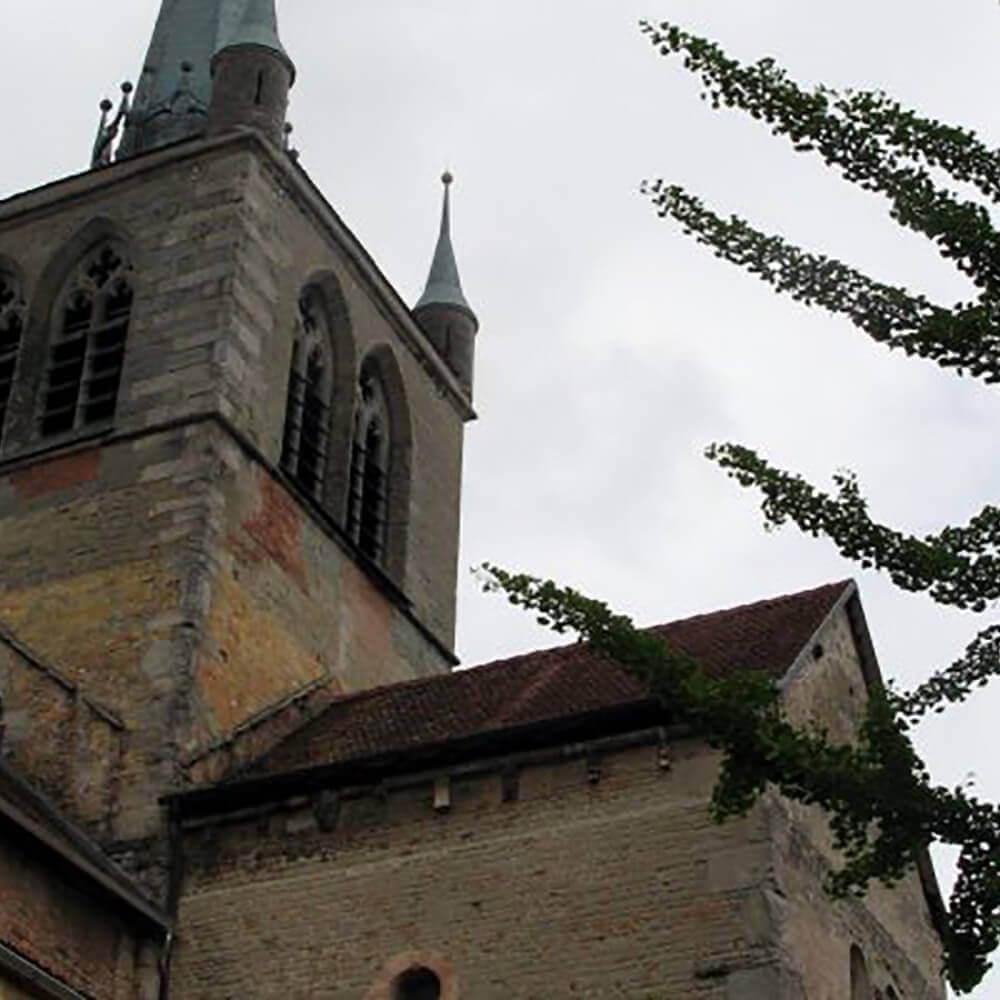 Abteikirche aus dem 11. Jahrhundert
