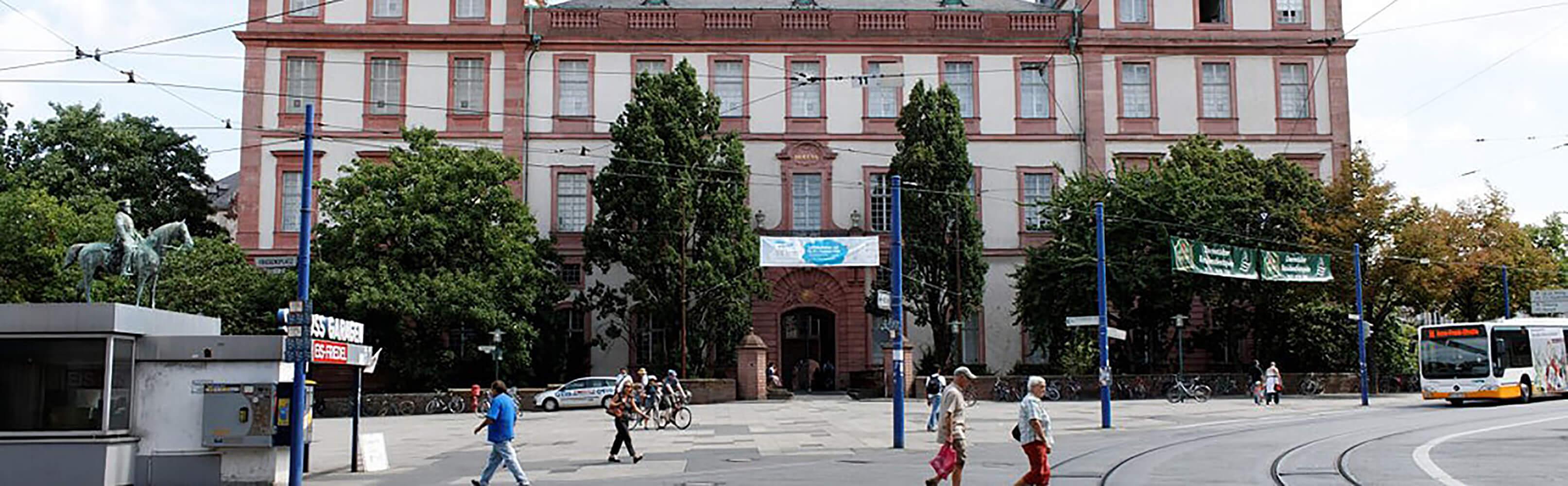 Residenzschloss Darmstadt 1