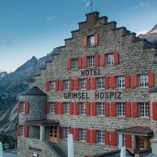 Grimsel Hospiz - Historisches Alpinhotel majestätisch über dem Grimselstausee 10