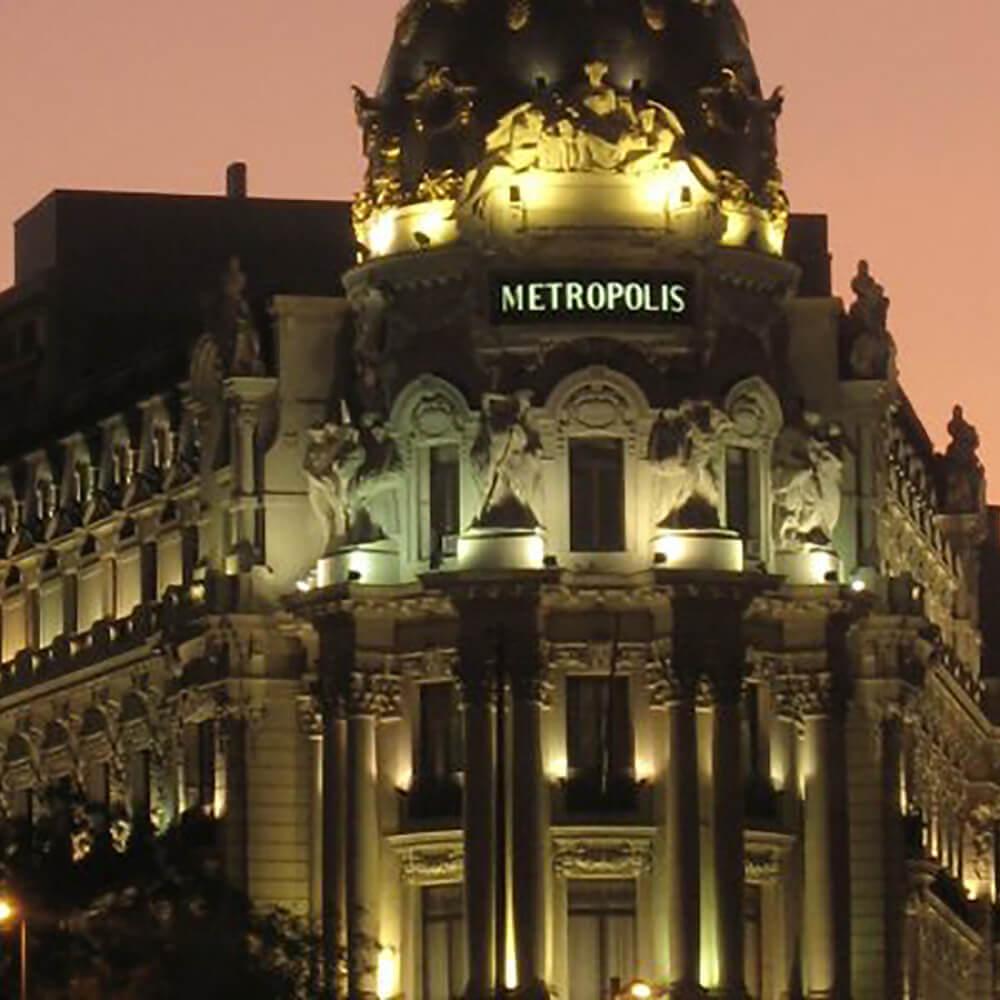 Metropolis-Haus