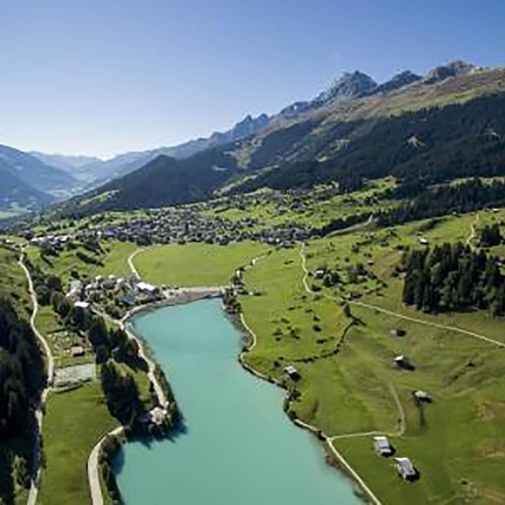 Surselva - die Ferienregion in Graubünden