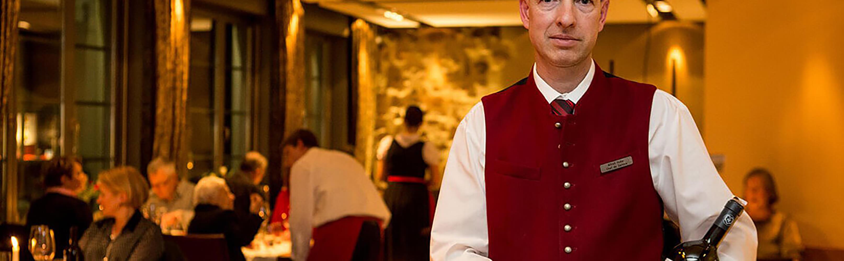 Hotel Restaurant Zum Goldenen Kopf in Bülach bei Zürich -  Einer traditionsreichen Vergangenheit verbunden 1