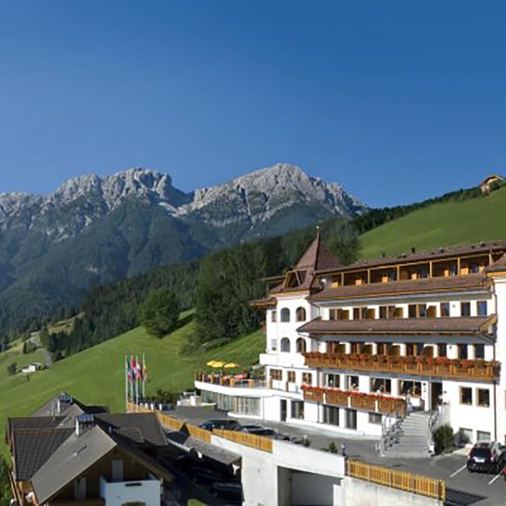Ihr Wellnesshotel in den Dolomiten von Südtirol