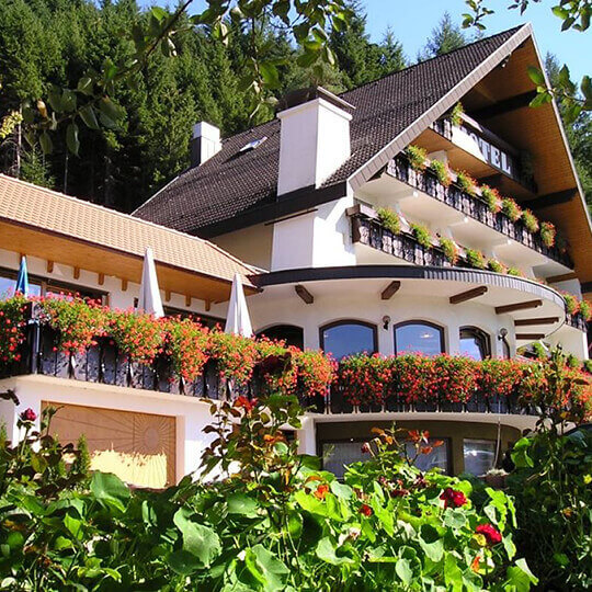 Wander- und Wellnesshotel Winterhaldenhof 10